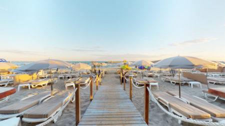 Azur-Plage-La-Grande-Motte-06192020_092429